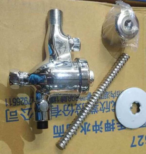 UF627 NC urinal flush
